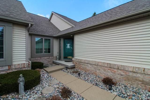 516 Cherbourg Drive, Lansing, MI 48917 (MLS #243505) :: Real Home Pros