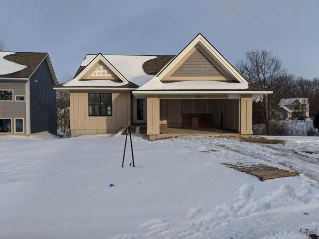 16919 Willowbrook Dr, Haslett, MI 48840 (MLS #243714) :: Real Home Pros