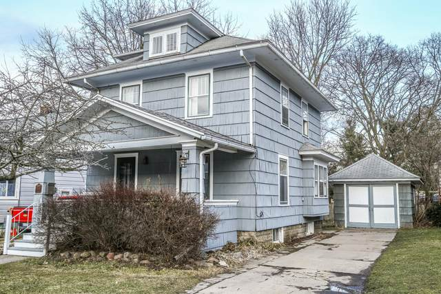 2005 Forest Avenue, Lansing, MI 48910 (MLS #244168) :: Real Home Pros