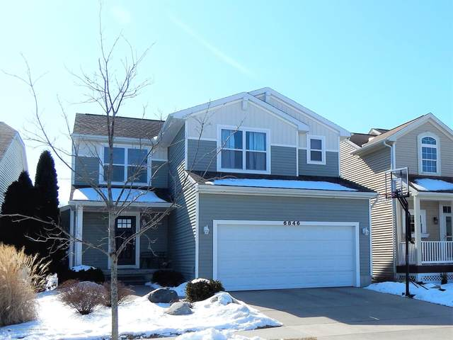 6846 Mulberry Lane #33, Grand Ledge, MI 48837 (MLS #244352) :: Real Home Pros