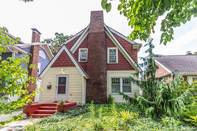 1021 Britten Avenue, Lansing, MI 48910 (MLS #249055) :: Real Home Pros
