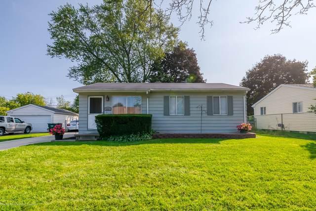 2821 Glenbrook Drive, Lansing, MI 48911 (MLS #249944) :: Real Home Pros