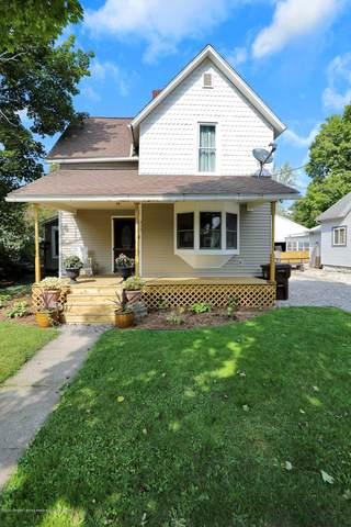 417 Warren Avenue, Charlotte, MI 48813 (MLS #250032) :: Real Home Pros