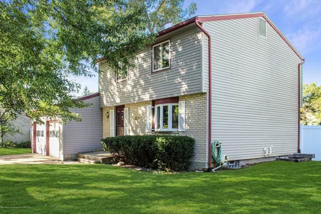 3251 Stonewood Drive, Lansing, MI 48912 (MLS #250455) :: Real Home Pros