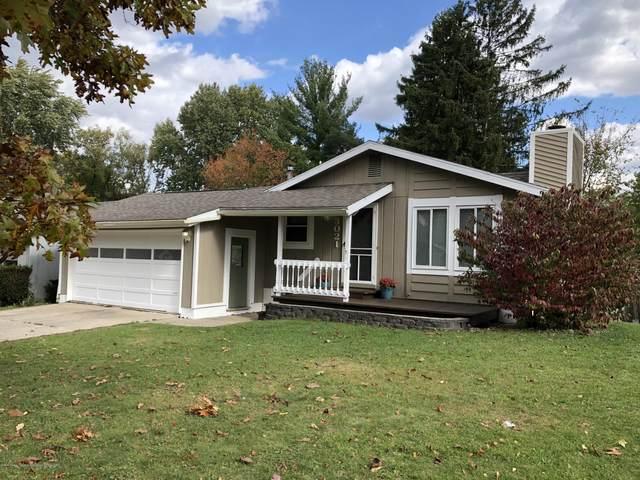 3021 Scarborough Road, Lansing, MI 48910 (MLS #250694) :: Real Home Pros