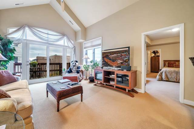 220 Mac Avenue #409, East Lansing, MI 48823 (MLS #250951) :: Real Home Pros