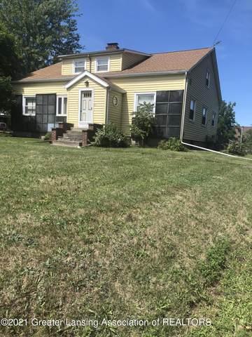 3067 E Grand Ledge Highway, Grand Ledge, MI 48837 (MLS #252728) :: Real Home Pros