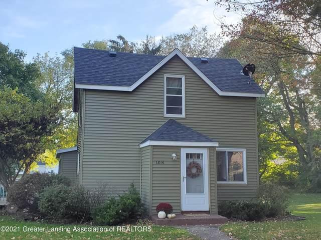 108 E Second North Street, Laingsburg, MI 48848 (MLS #260696) :: Home Seekers