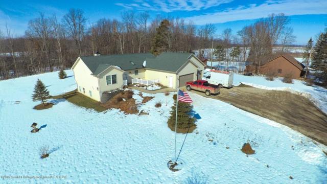 6552 Tucker Road, Eaton Rapids, MI 48827 (MLS #223395) :: Real Home Pros