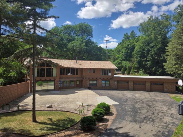 715 E Scott Street, Grand Ledge, MI 48837 (MLS #228428) :: Real Home Pros