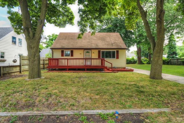 3220 Westmont Avenue, Lansing, MI 48906 (MLS #228968) :: Real Home Pros