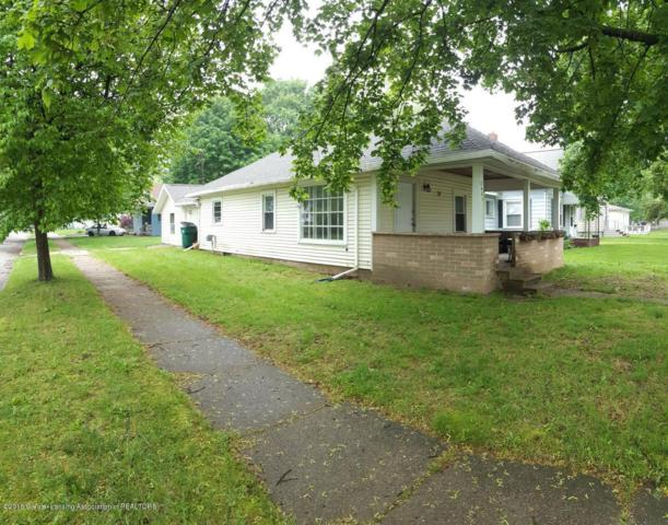 2401 Lyons Avenue, Lansing, MI 48910 (MLS #228979) :: Real Home Pros