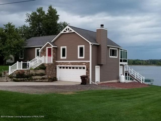 6637 Victoria Shore Drive, Laingsburg, MI 48848 (MLS #229717) :: Real Home Pros
