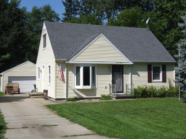 3103 Greenoak Avenue, Lansing, MI 48906 (MLS #230382) :: Real Home Pros