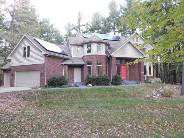 4695 Wellington Drive, Okemos, MI 48864 (MLS #231494) :: Real Home Pros