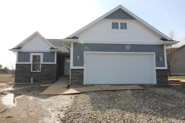 4139 Keepsake Lane, Lansing, MI 48906 (MLS #238812) :: Real Home Pros