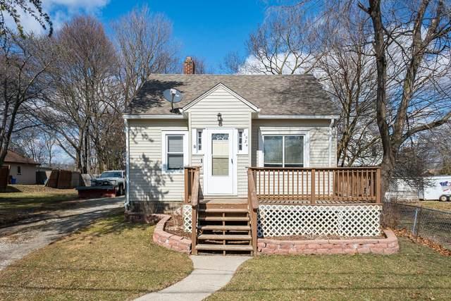 1034 Queen Street, Lansing, MI 48915 (MLS #245613) :: Real Home Pros