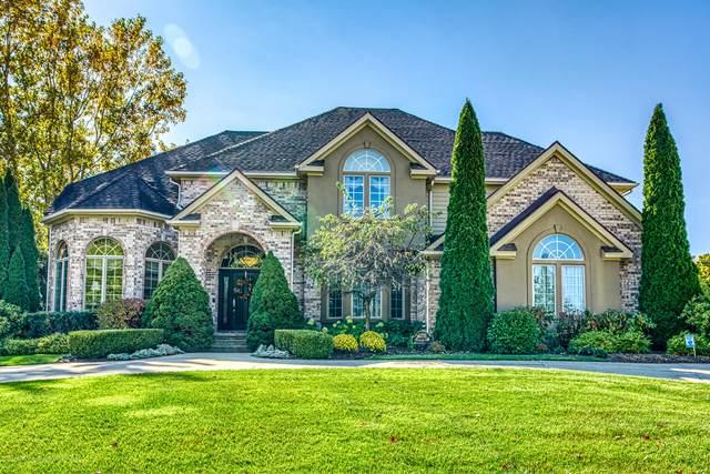 6211 Windrush Lane, East Lansing, MI 48823 (MLS #250403) :: Real Home Pros
