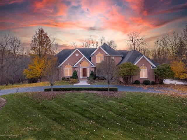 6265 Pine Hollow Drive, East Lansing, MI 48823 (MLS #251433) :: Home Seekers