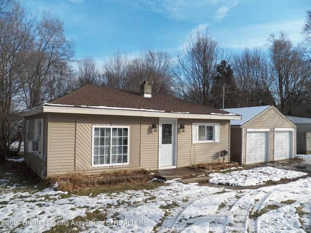 6017 Hilliard Road, Lansing, MI 48911 (MLS #252464) :: Real Home Pros