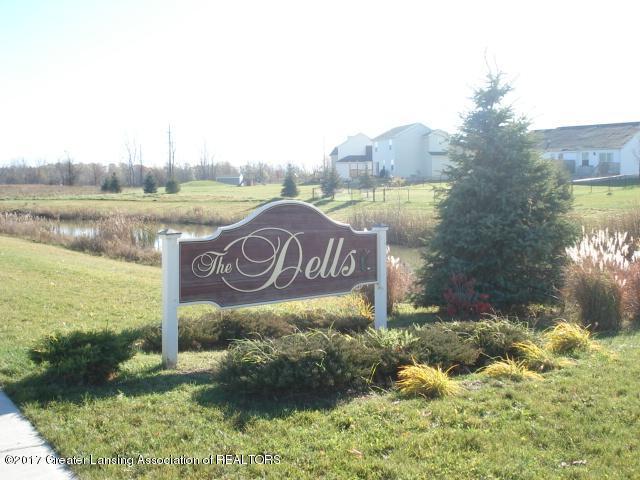2670 Brigantine Drive, Lansing, MI 48911 (MLS #212189) :: Real Home Pros
