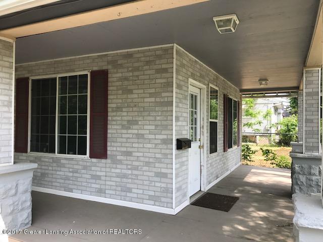 813 N Jenison Avenue, Lansing, MI 48915 (MLS #216641) :: Real Home Pros