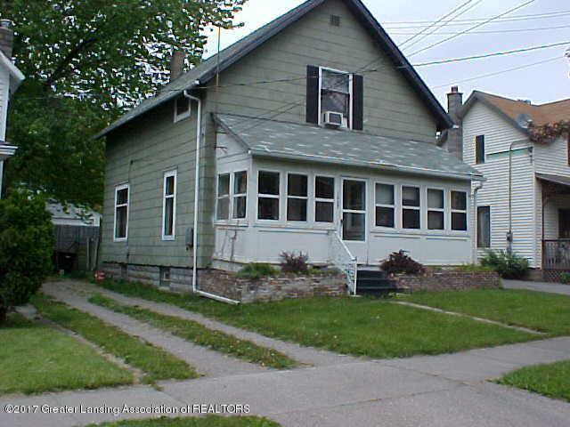 1027 Hickory Street, Lansing, MI 48912 (MLS #220326) :: Real Home Pros