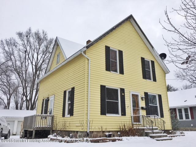 358 Quarterline Street, Portland, MI 48875 (MLS #223047) :: Real Home Pros