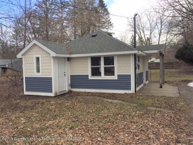 3021 Pleasant Grove Road, Lansing, MI 48910 (MLS #223617) :: Real Home Pros