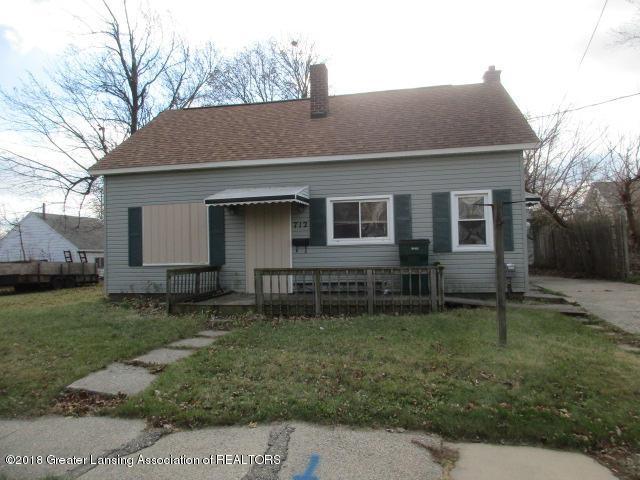 712 Vance Street, Lansing, MI 48906 (MLS #223621) :: Real Home Pros