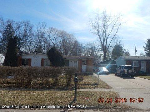 3323 Independence Ln, Lansing, MI 48911 (MLS #224430) :: Real Home Pros