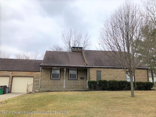 3605 W Michigan Avenue, Lansing, MI 48917 (MLS #224569) :: Real Home Pros