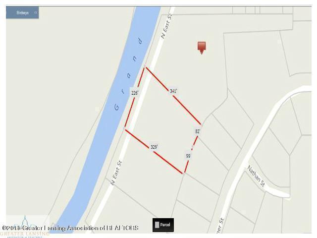 520 N East Street, Eaton Rapids, MI 48827 (MLS #225948) :: Real Home Pros