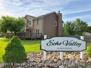 7519 Echo Lane, Lansing, MI 48917 (MLS #226599) :: Real Home Pros