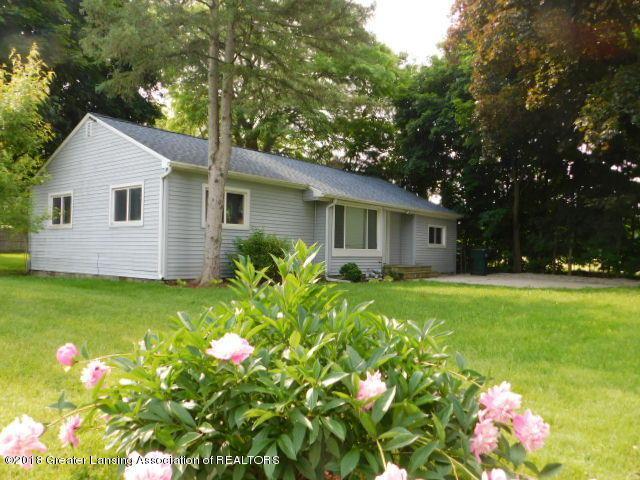 3012 Andrew Avenue, Lansing, MI 48906 (MLS #227019) :: Real Home Pros