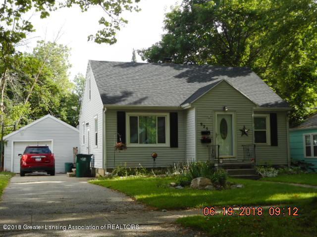 925 Alden Drive, Lansing, MI 48910 (MLS #227381) :: Real Home Pros