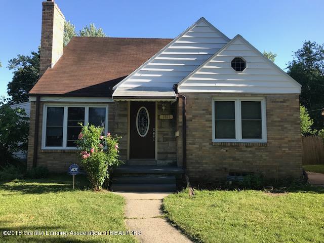 1611 Berkeley Drive, Lansing, MI 48910 (MLS #227425) :: Real Home Pros