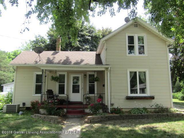 113 Lewis Street, St. Johns, MI 48879 (MLS #228274) :: Real Home Pros