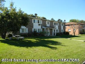 2827 Harwick Drive, Lansing, MI 48917 (MLS #228291) :: Real Home Pros