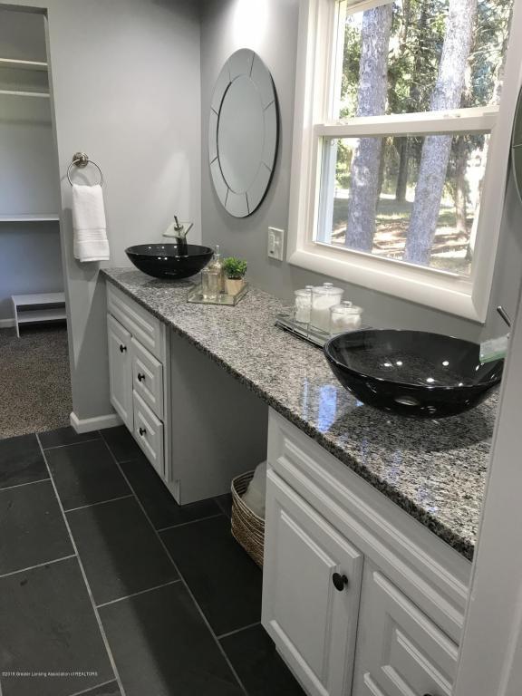 12360 Beardslee Road, Perry, MI 48872 (MLS #228935) :: Real Home Pros