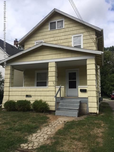 131 N Hayford, Lansing, MI 48912 (MLS #229325) :: Real Home Pros