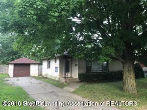 4921 S Pennsylvania Avenue, Lansing, MI 48910 (MLS #229842) :: Real Home Pros