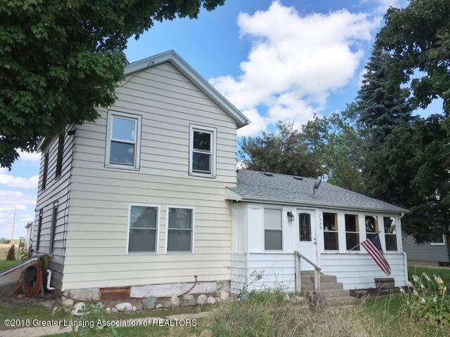 7929 E Grand River Avenue, Portland, MI 48875 (MLS #230399) :: Real Home Pros