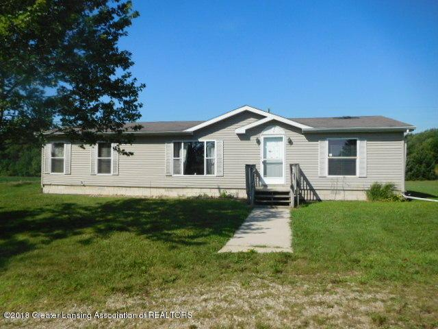 10050 Bond Road, Dewitt, MI 48820 (MLS #230418) :: Real Home Pros