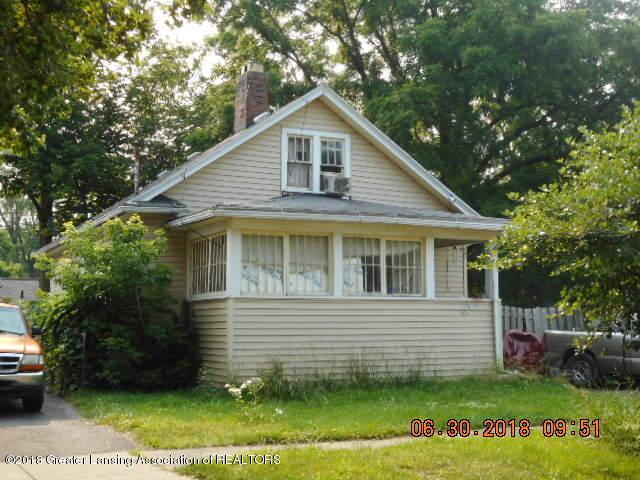1338 Glenrose Avenue, Lansing, MI 48915 (MLS #230443) :: Real Home Pros