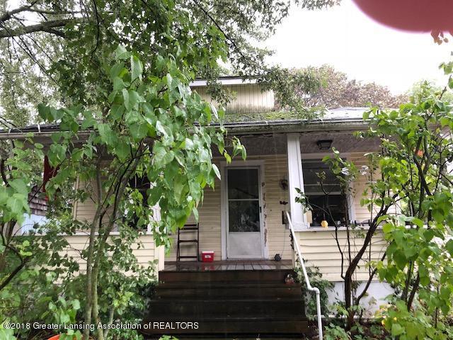 811 Maryland Avenue, Lansing, MI 48906 (MLS #230680) :: Real Home Pros