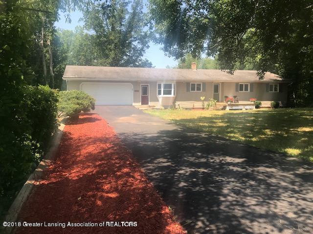 5676 Kinneville Road, Eaton Rapids, MI 48827 (MLS #230697) :: Real Home Pros