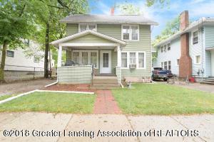 829 Clyde Street, Lansing, MI 48915 (MLS #231129) :: Real Home Pros