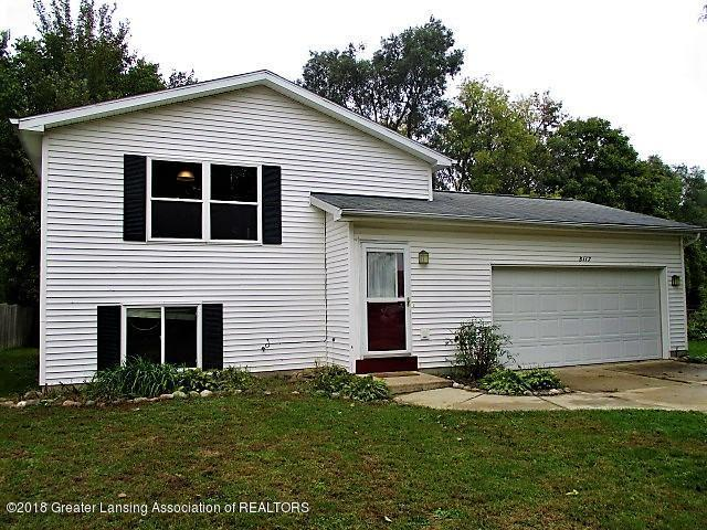 5117 Tulip Avenue, Lansing, MI 48911 (MLS #231137) :: Real Home Pros