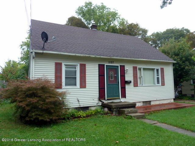 1127 Dakin Street, Lansing, MI 48912 (MLS #231386) :: Real Home Pros